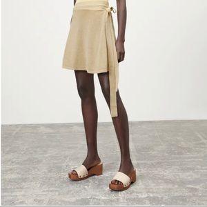 Wooden Leather Slide Sandals Size 9 NEVER WORN